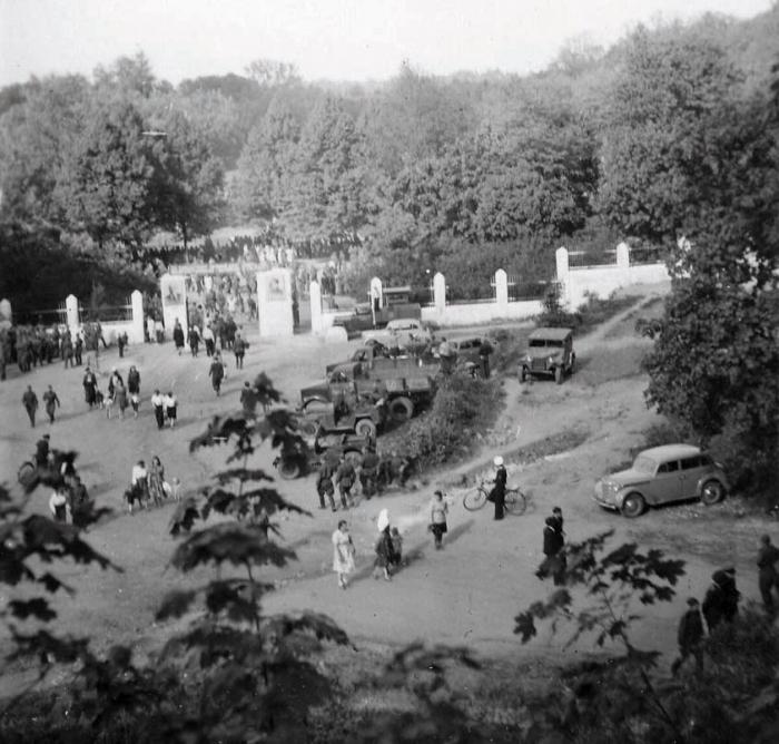 У городского стадиона. 1950-е годы, Черняховск