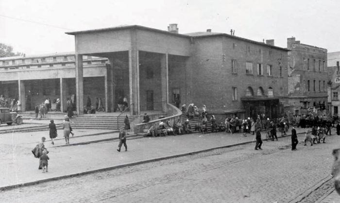 Черняховский колхозный рынок. 1949 год