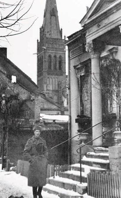 Военный корреспондент Александр Становов в Инстербурге 20 февраля 1945 года