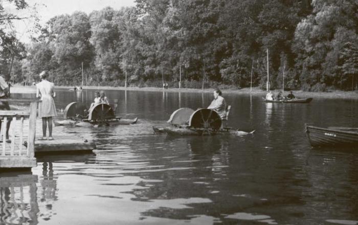 Лодочная станция в городском парке. Конец 1950-х – начало 1960-х годов, Черняховск