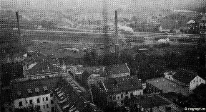 Blick an Turm der Reformierten Kirche, Insterburg