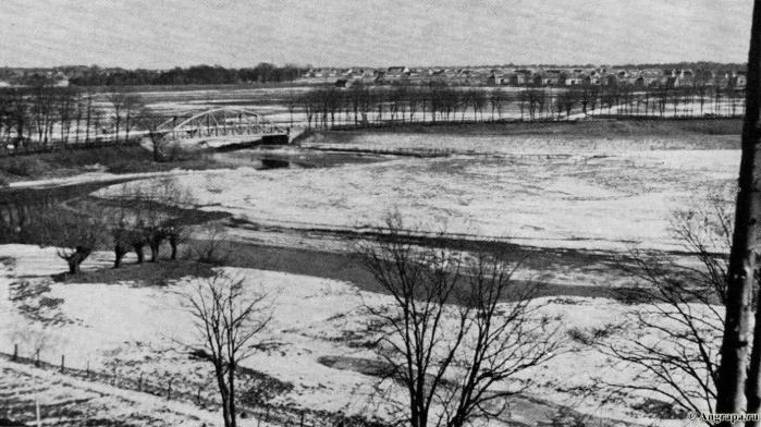 Ein Blick von der Strasse Georgenburg-Zwion auf das Instertal, Kreis Insterburg