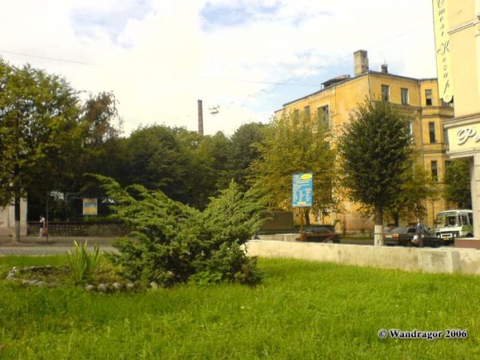 Сквер рядом с отелем «Кочар» (улица Ленина), Черняховск