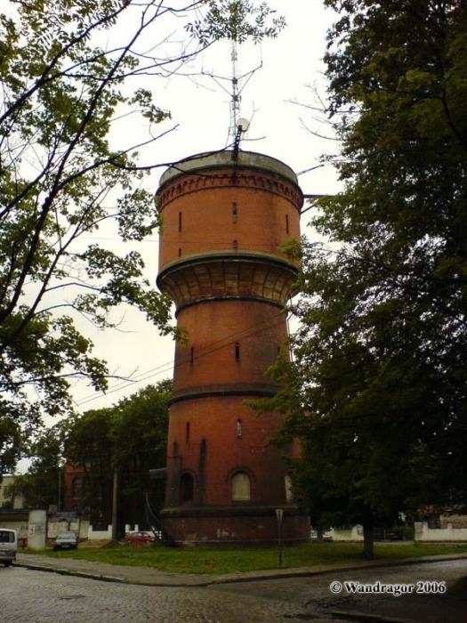 Вид на Водонапорную башню. Улица Гагарина, Черняховск