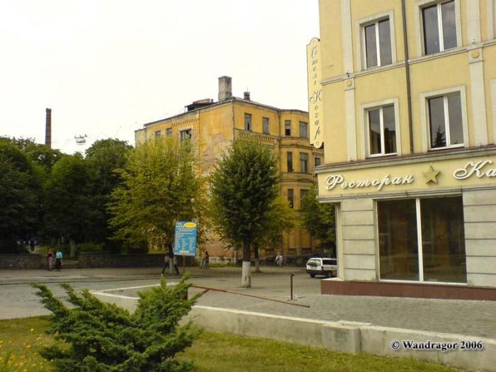 Рядом с отелем «Кочар» (улица Ленина), Черняховск