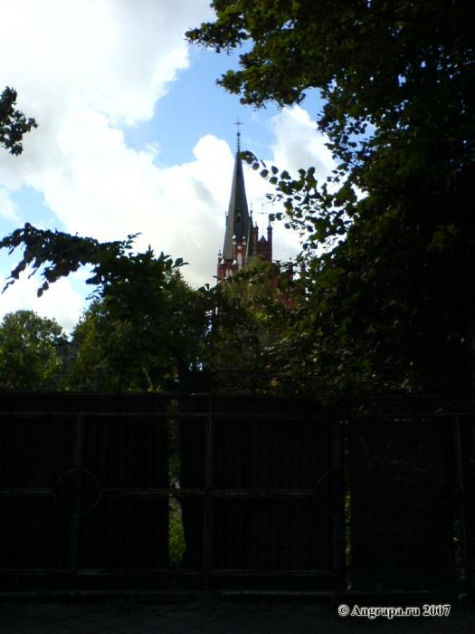 Католическая церковь (вид с улицы Советской), Черняховск
