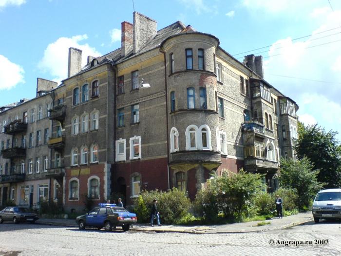 Здание на пересечении улиц Советская и Тельмана, Черняховск