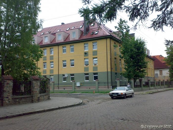 Перекресток улиц Приречная и Гагарина (рядом со средней образовательной школой №1), Черняховск