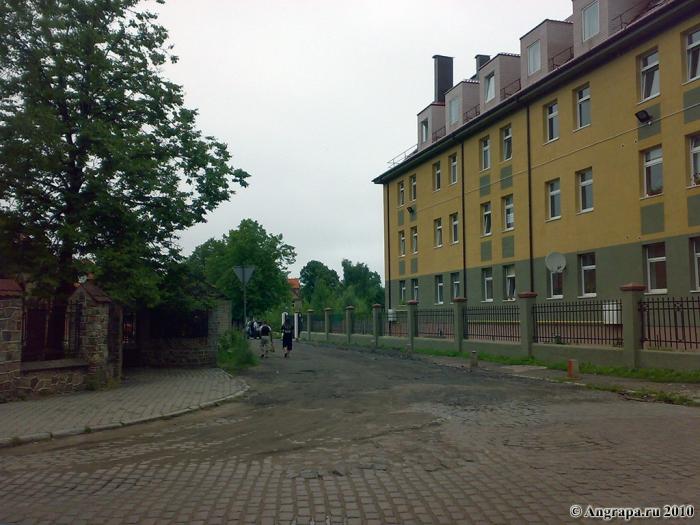 Улица Приречная (рядом со средней образовательной школой №1), Черняховск
