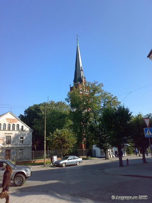 Вид на католическую церковь, Черняховск