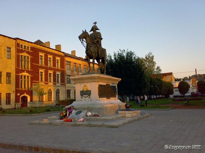 Памятник Барклаю-де-Толли, Черняховск
