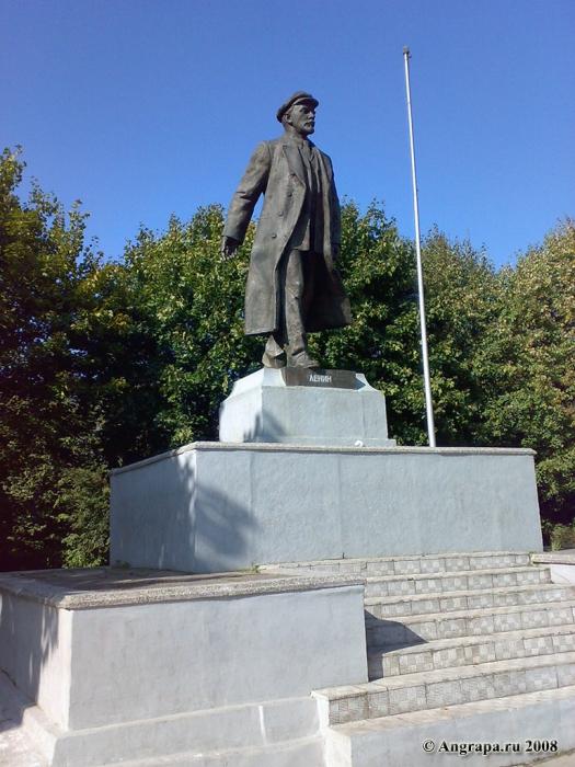 Памятник Ленину, Черняховск