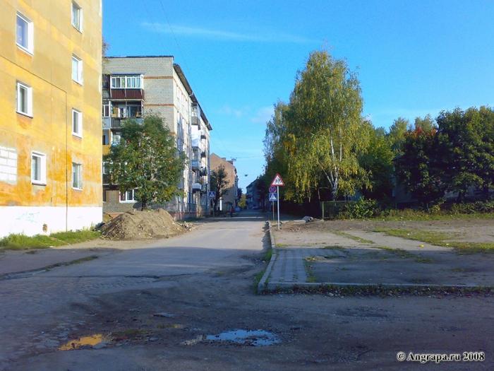 Вид на улицу Театральную, Черняховск