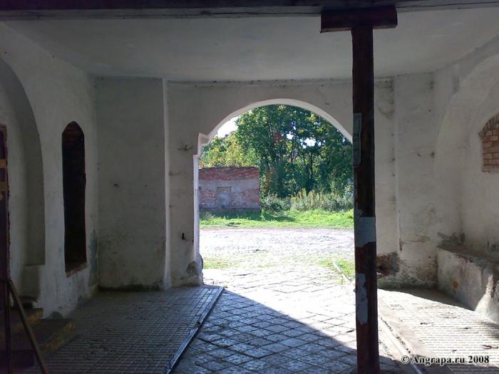 Арка в сохранившейся части замка Инстербург, Черняховск