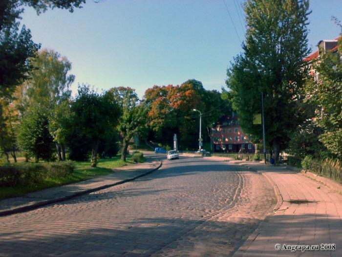 Улица Партизанская (вид на замок Инстербург), Черняховск