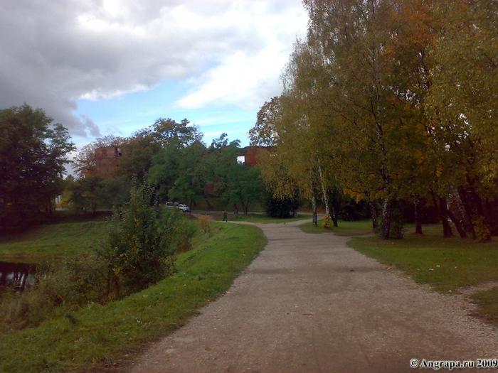 Вид на замок Инстербург (со стороны улицы Партизанской), Черняховск