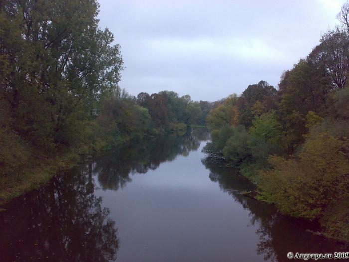 Вид на реку Анграпа с арочного моста, Черняховск
