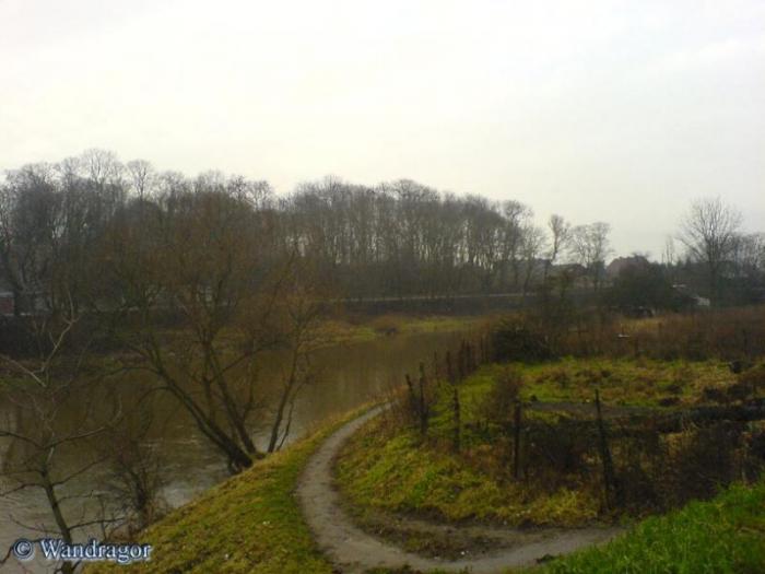 Вид на реку Анграпа с автомобильного моста, Черняховск