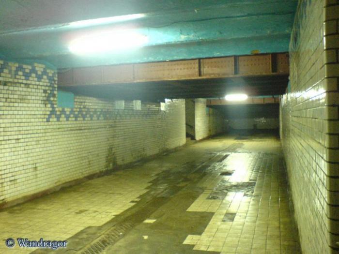 Подземный переход к перронам на железнодорожном вокзале, Черняховск