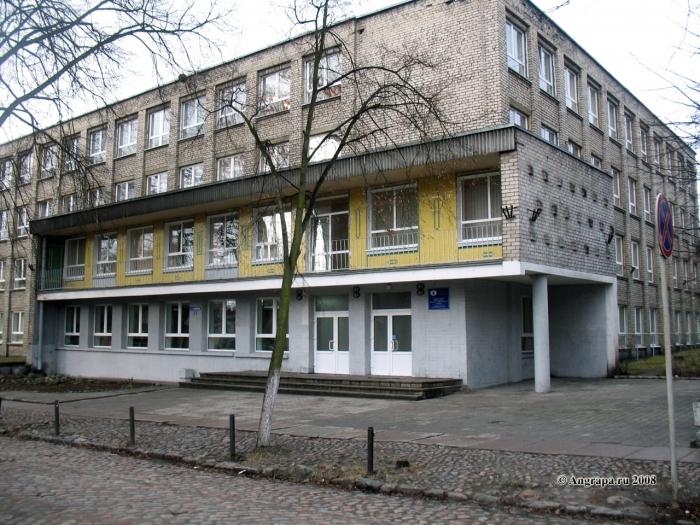 Здание индустриально-педагогического колледжа, Черняховск