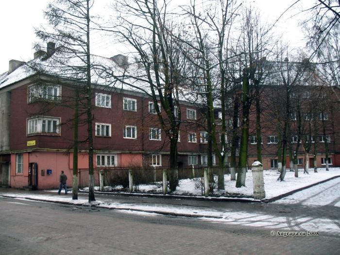 Улица Гагарина (рядом со средней общеобразовательной школой №1), Черняховск